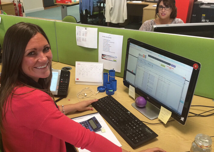 Gemma using LiveChat to talk with Direct365 customers